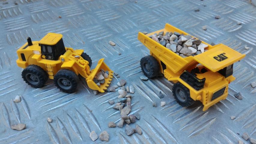 Camiones de arena de juguete