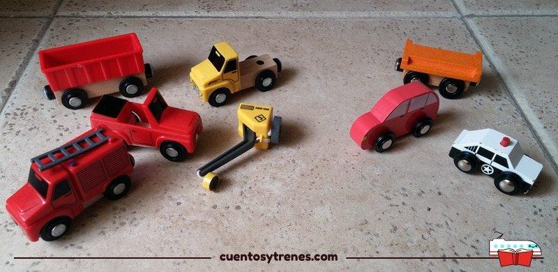 Vehículos de plástico de Lidl vs Vagones de madera