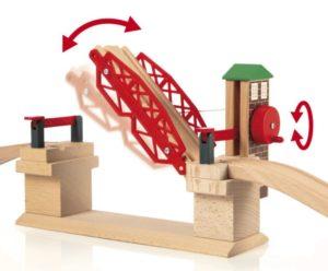 Puente levadizo para trenes de madera de Brio